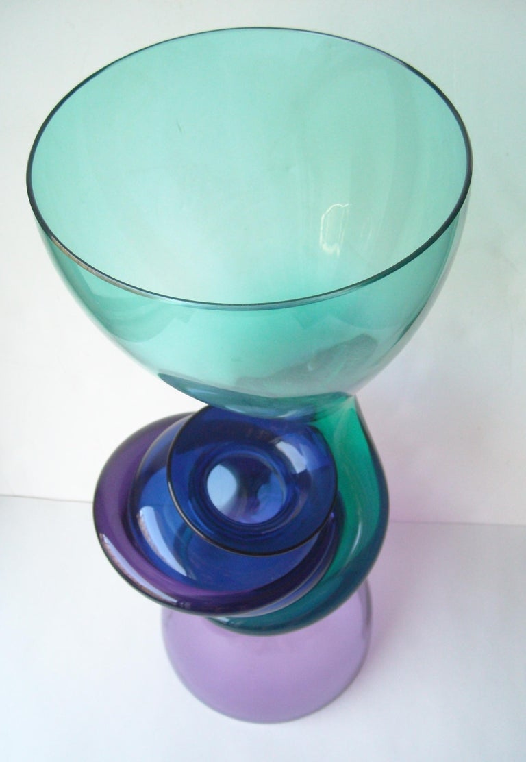 Beautiful vase by the well known artist Richard Royal, series Relationship 1992. signed dated along the base.