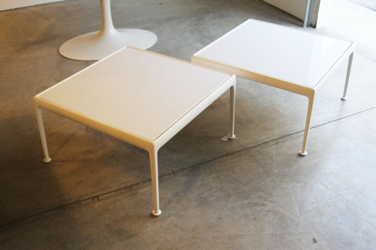 Richard Schultz for Knoll 1966 Series White Coffee Table For Sale 5