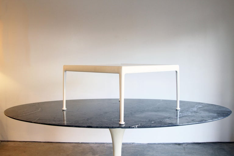 20th Century Richard Schultz for Knoll 1966 Series White Coffee Table For Sale