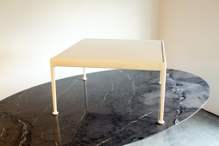 Richard Schultz for Knoll 1966 Series White Coffee Table For Sale 1