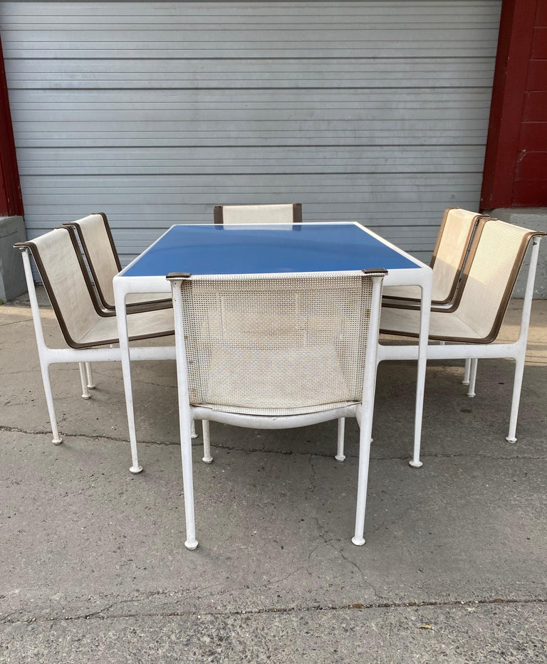 Mid-Century Modern Richard Shultz for Knoll Outdoor Dining Set, Blue Enamel Table, 6 Chairs For Sale