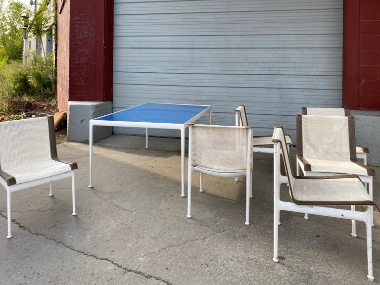 Richard Shultz for Knoll Outdoor Dining Set, Blue Enamel Table, 6 Chairs For Sale 2