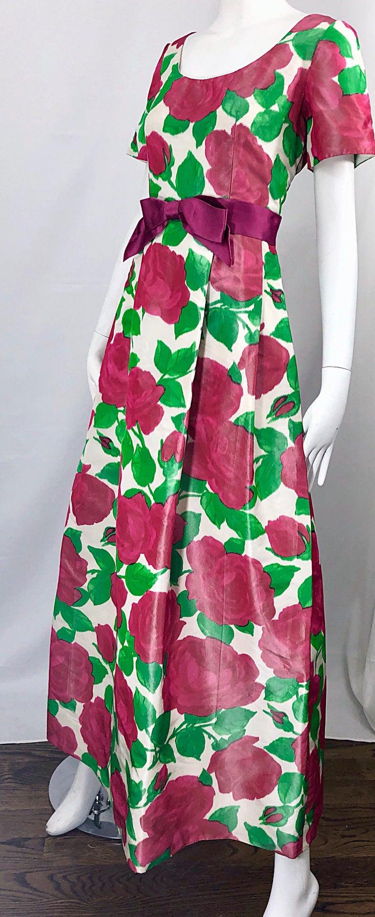 Richilene Vintage Beautiful Silk Taffeta 3D Rose Print Short Sleeve Couture Gown For Sale 5
