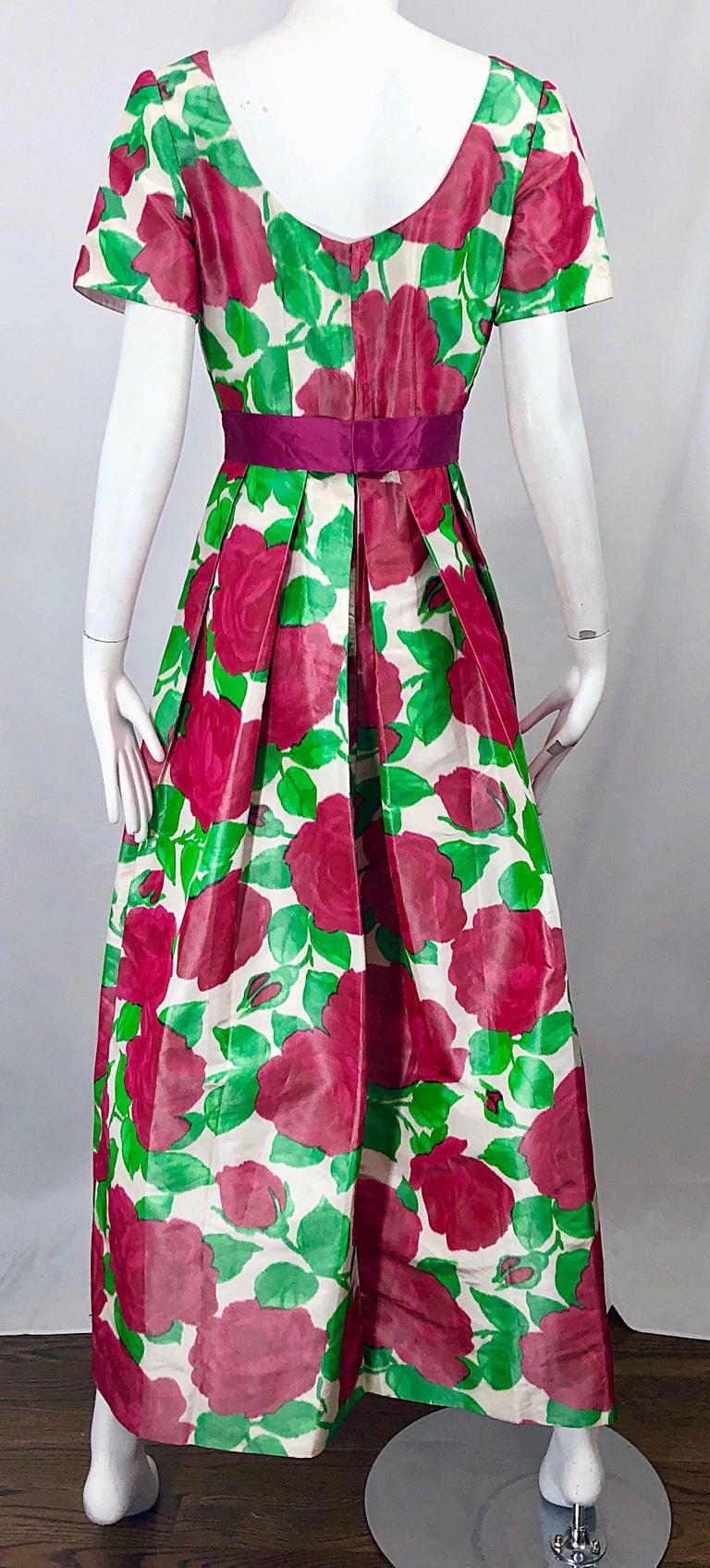 Richilene Vintage Beautiful Silk Taffeta 3D Rose Print Short Sleeve Couture Gown For Sale 8