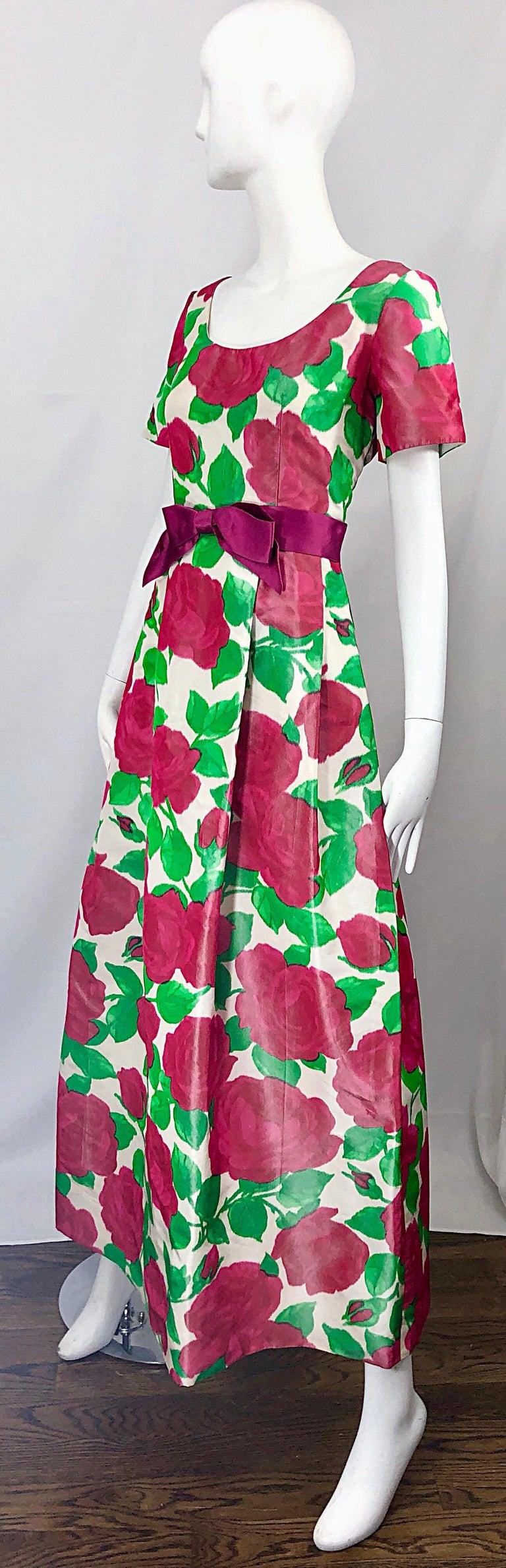 Women's Richilene Vintage Beautiful Silk Taffeta 3D Rose Print Short Sleeve Couture Gown For Sale