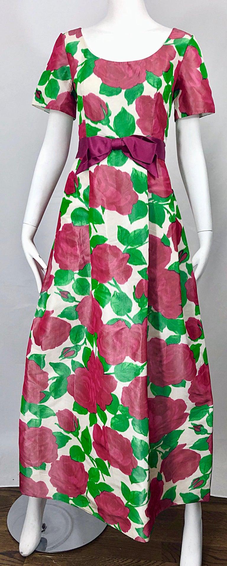 Richilene Vintage Beautiful Silk Taffeta 3D Rose Print Short Sleeve Couture Gown For Sale 4