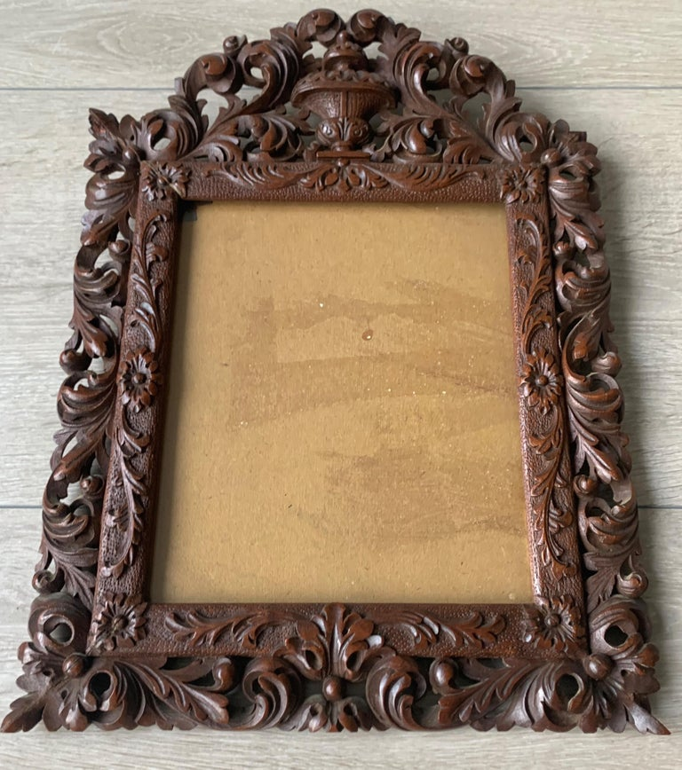 Stunning antique picture or photograph wall picture frame from the mid 1800's.  This stylish and all handcrafted picture frame will make great decoration on your wall and with a work of art or a photo of a loved one inside, it will become even more