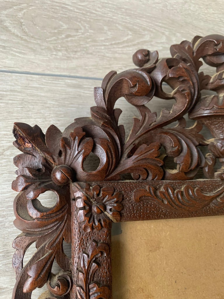 19th Century Richly Carved Baroque Revival Italian Picture Frame with Scrolling Leaves & Vase For Sale