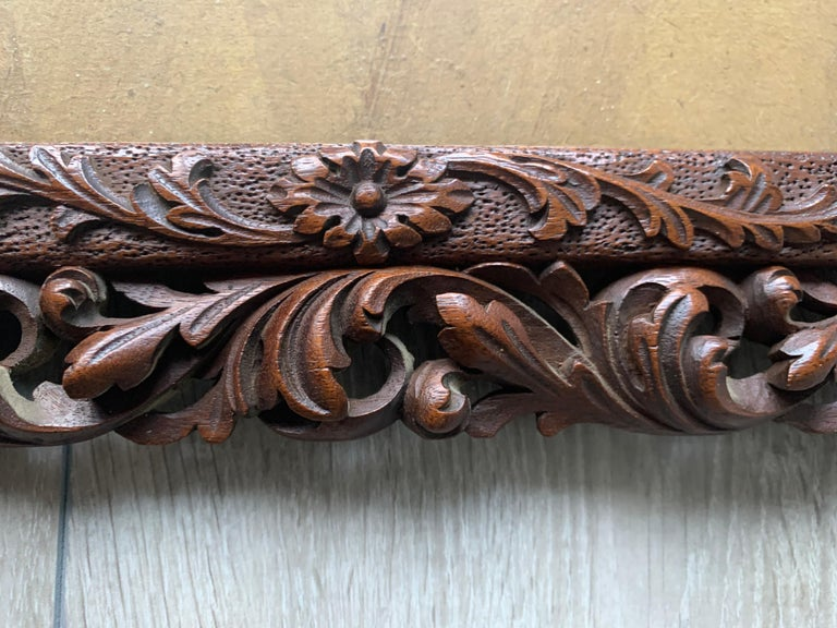 Richly Carved Baroque Revival Italian Picture Frame with Scrolling Leaves & Vase For Sale 3