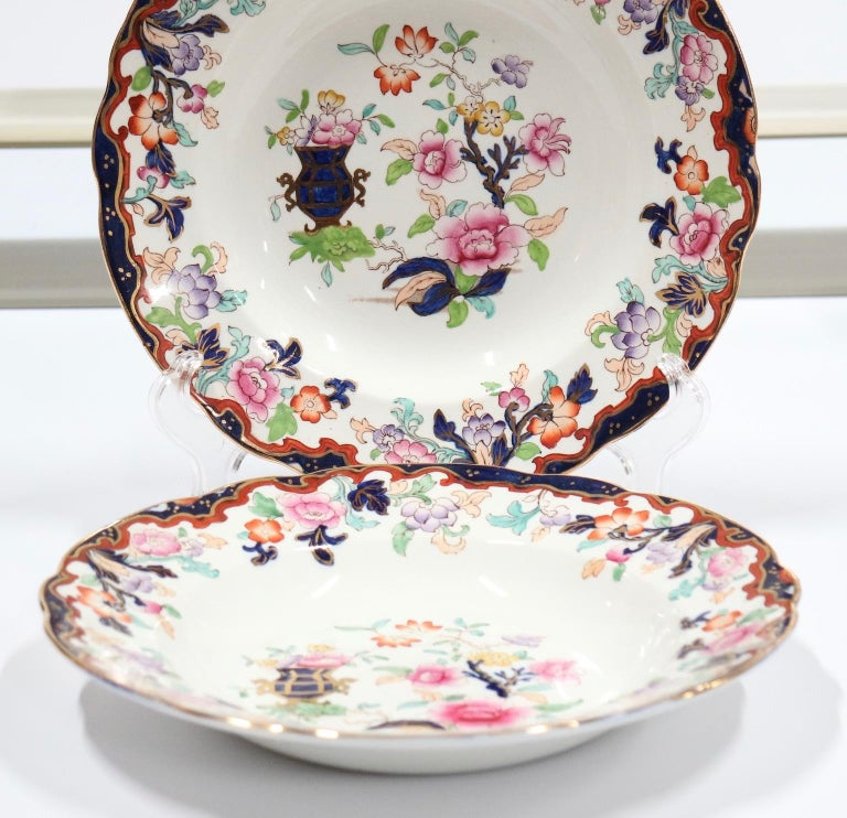 Ridgway English Ironstone Chinoiserie Plates with Simlay Pattern In Good Condition For Sale In New York, NY