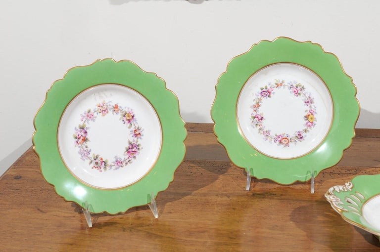Hand-Painted Ridgway Porcelain Dinner Plates and Compote with Green Rim and Floral Décor For Sale