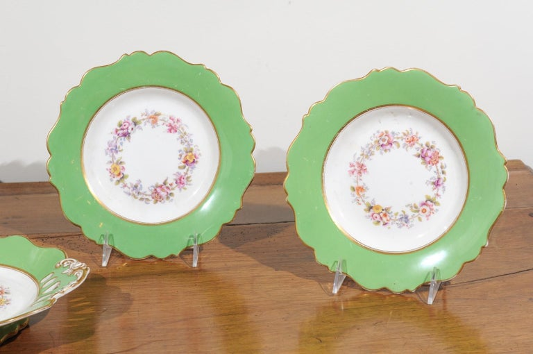 19th Century Ridgway Porcelain Dinner Plates and Compote with Green Rim and Floral Décor For Sale