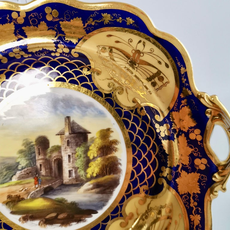 Ridgway Twin-Handled Porcelain Plate, Cobalt Blue, Gilt and Landscape circa 1825 In Good Condition For Sale In London, GB