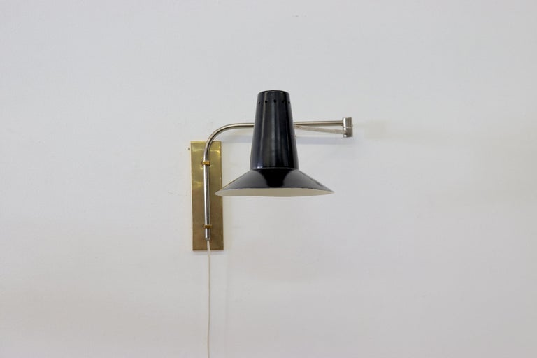 Mid-Century Modern Rietveld Style Industrial Wall Mount Lamp For Sale