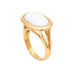 Ring 18 Carat Pink Gold Art Deco Style Surmounted White Onyx Stone Set Closed