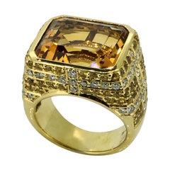 Ring, 18 carat Yellow Gold, Diamonds, Yellow Sapphire, New, Handmade, 2020
