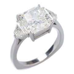 White Diamond 5,80ct & 18K White Gold Ring