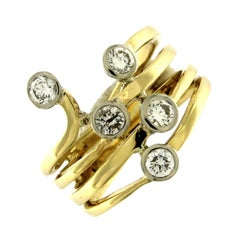 Ring 18 Karat Yellow Gold with White Diamonds