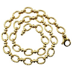Ring and Connector Chain Choker in Hammered 18 Karat Yellow Gold