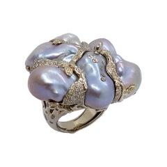 Ring by Bibi van der Velden 1.58 Carat Diamonds Baroque Pearls White Gold