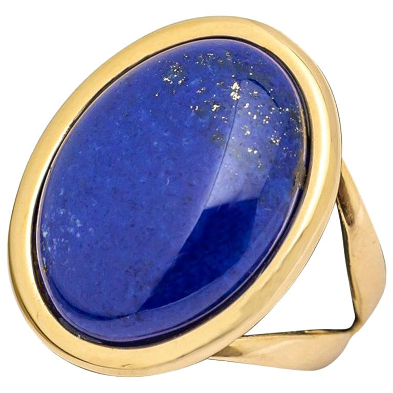Ring Cabochon Lapis-Lazuli Mounted on a Yellow Gold For Sale