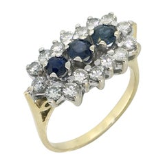 Vintage Ring, Gold, Diamond, Saphire, 1970, 0.90 Carat Diamonds
