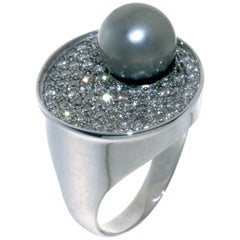 Ring in 18 Karat White Gold, Tahitian Pearl and Diamonds