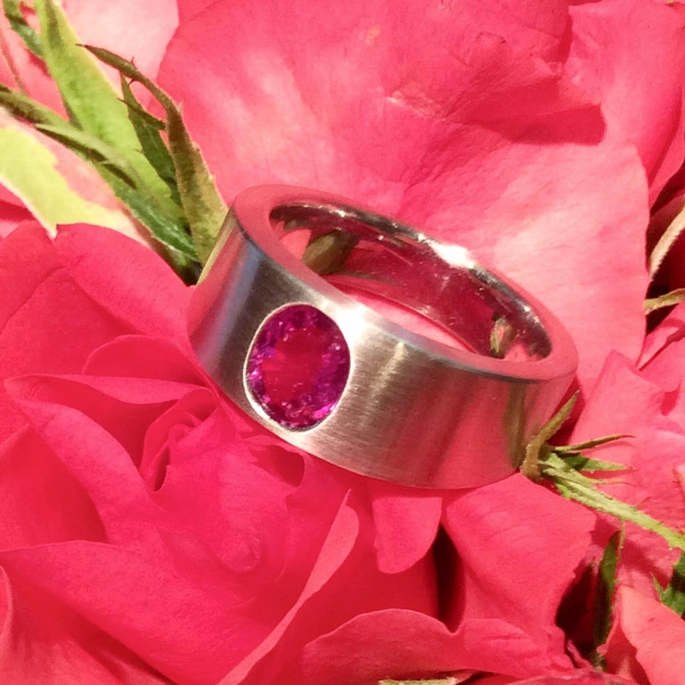 Ring Natural Ruby (no heat) Platinum by Wagner Preziosen For Sale 3