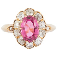 Ring Oval Pink Spinel and Diamond Cluster in 18 Carat Yellow Gold English, 1865
