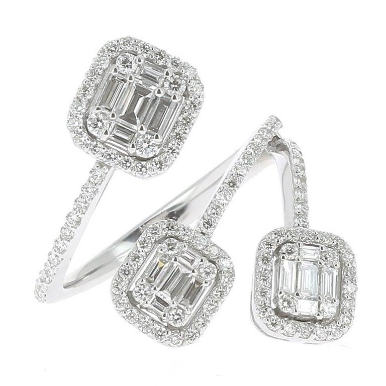 08484bc4664e5 1.08 carats GVS Round/Baguette Diamond Ring Trilogy Illusion Emerald-Cut  18KGold