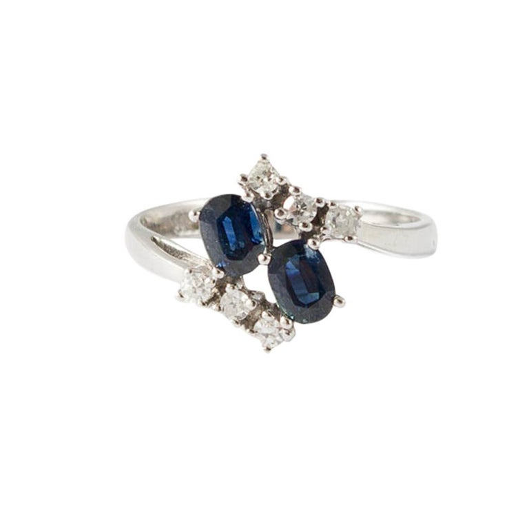 Oval Cut Ring White Gold Sapphires and Diamonds For Sale
