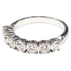 Ring with 7 Diamonds in 18 Karat White Gold