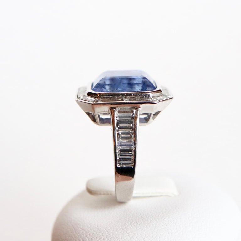 Women's Ring with Diamonds and 17 Carat Sapphire 18 Carat White Gold For Sale