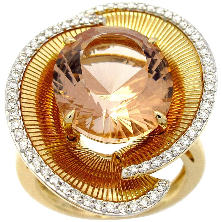 Ring Yellow Gold Morganite 7.00 Carat and Diamonds For Sale