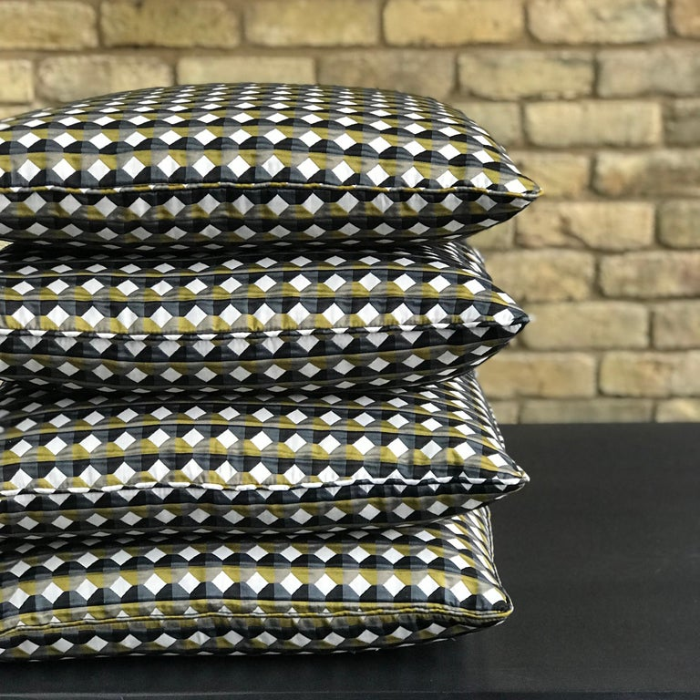 Rio Pattern Cushion Curvature Collection Inspired by Brazilian Architecture For Sale 4