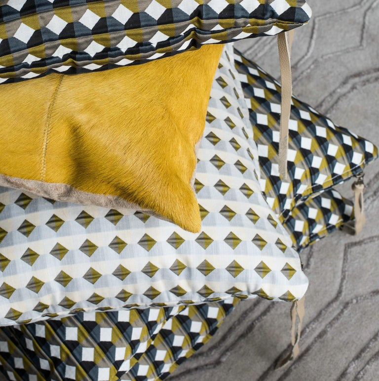 Rio Pattern Cushion Curvature Collection Inspired by Brazilian Architecture For Sale 6