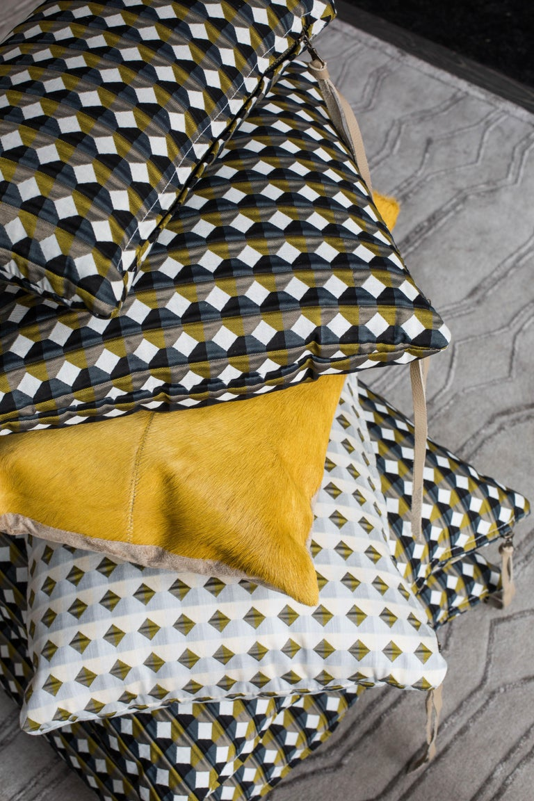 Rio Pattern Cushion Curvature Collection Inspired by Brazilian Architecture For Sale 1