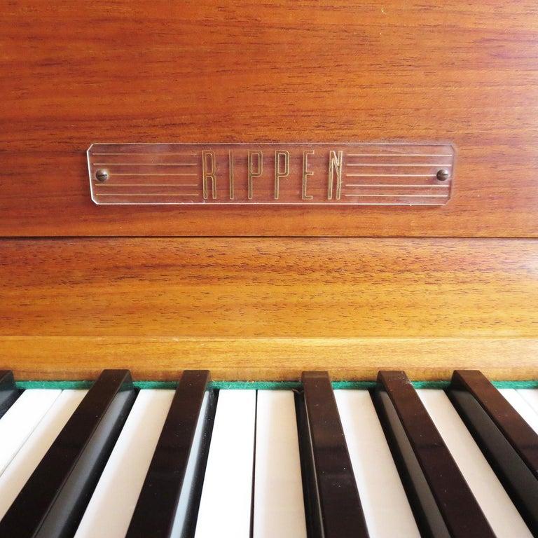 Rippen Aluminum Grand Piano - Midcentury Design For Sale 2