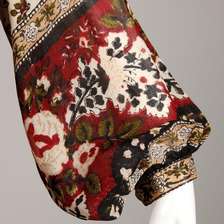 Women's Ritu Kumar for Judith Ann 1970s Vintage 100% Silk Indian Hand-Block Print Dress For Sale
