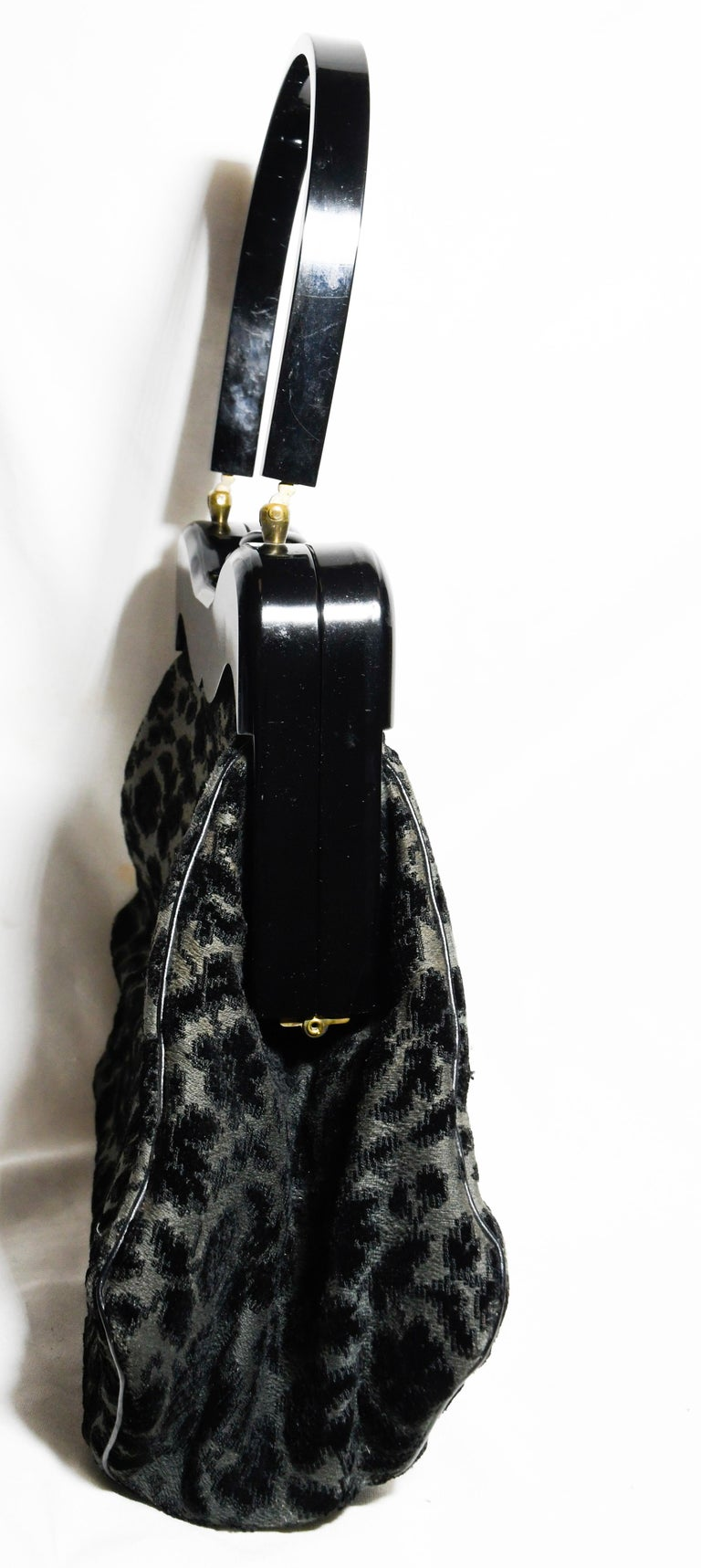 Ritzy Rialto Lucite Black Velvet and Grey Top Handle Vintage Bag In Good Condition In Palm Beach, FL