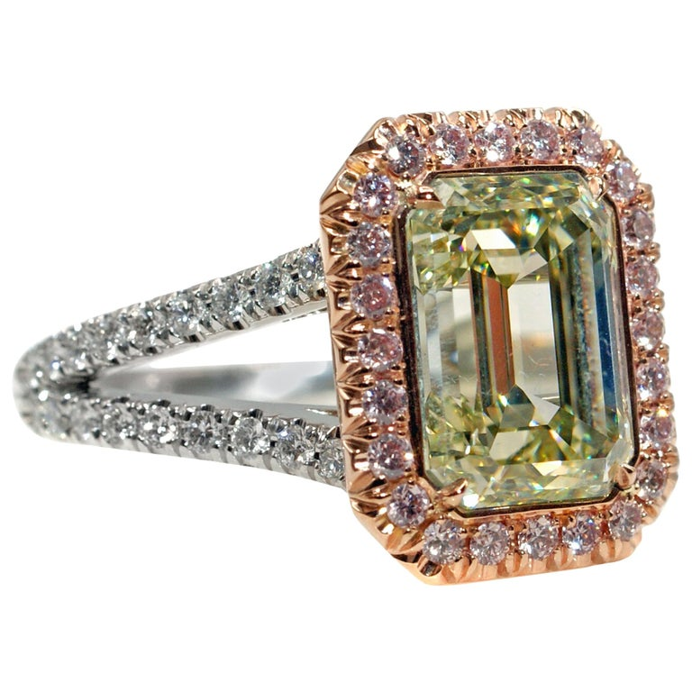 Rive Gauche Jewelry 3.46 Carat Natural Fancy Color Diamond Ring For Sale