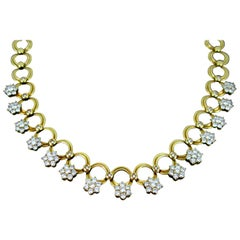 Riviere 10 Carat Diamonds Graduated Circle Link Yellow Gold Necklace