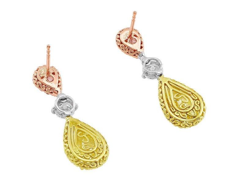 CJ Charles Pear Shaped Fancy Light Pink & Fancy Yellow Earrings GIA Certified In Excellent Condition For Sale In La Jolla, CA