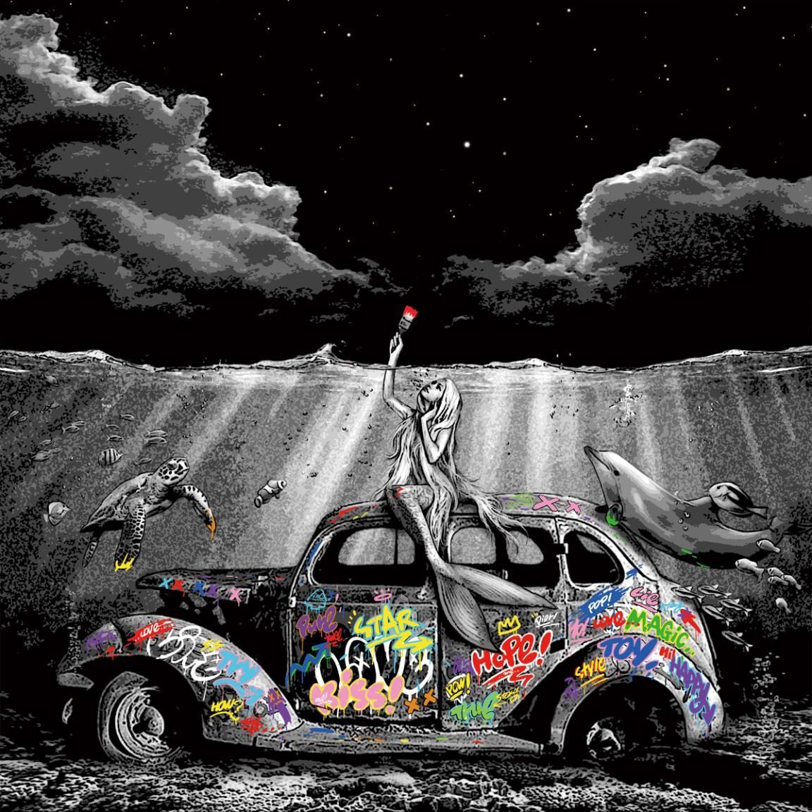 Roamcouch - We Live here - Urban Graffiti Street Art