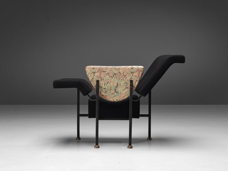 """Dutch Rob Eckhardt for Pastoe Lounge Chair """"Groeten Uit Holland"""" in Original Fabric For Sale"""