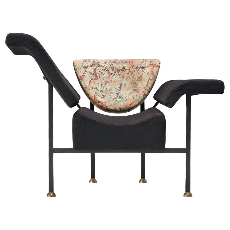 """Rob Eckhardt for Pastoe Lounge Chair """"Groeten Uit Holland"""" in Original Fabric For Sale"""