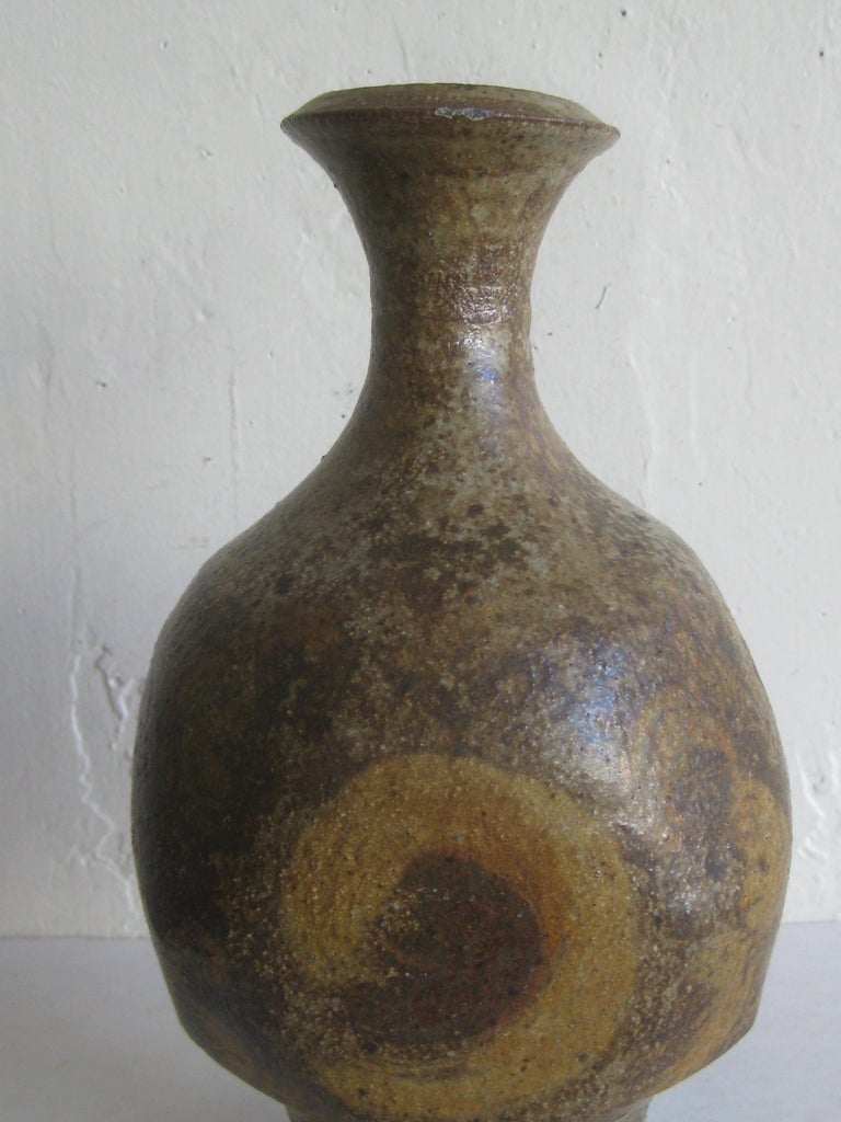 Great studio art pottery vase/vessel by well known British artist, Robert Fournier. The vase has a wonderful design and form. Signed by the artist mark