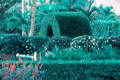 Hedge Fun  - Naples Arch - How the Rich do Street Art