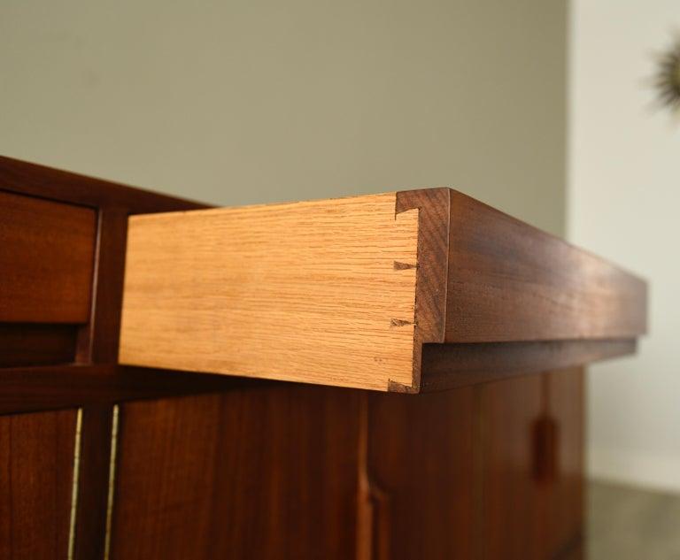 Mid-Century Modern Robert Heritage for Archie Shine Teak Sideboard Midcentury For Sale
