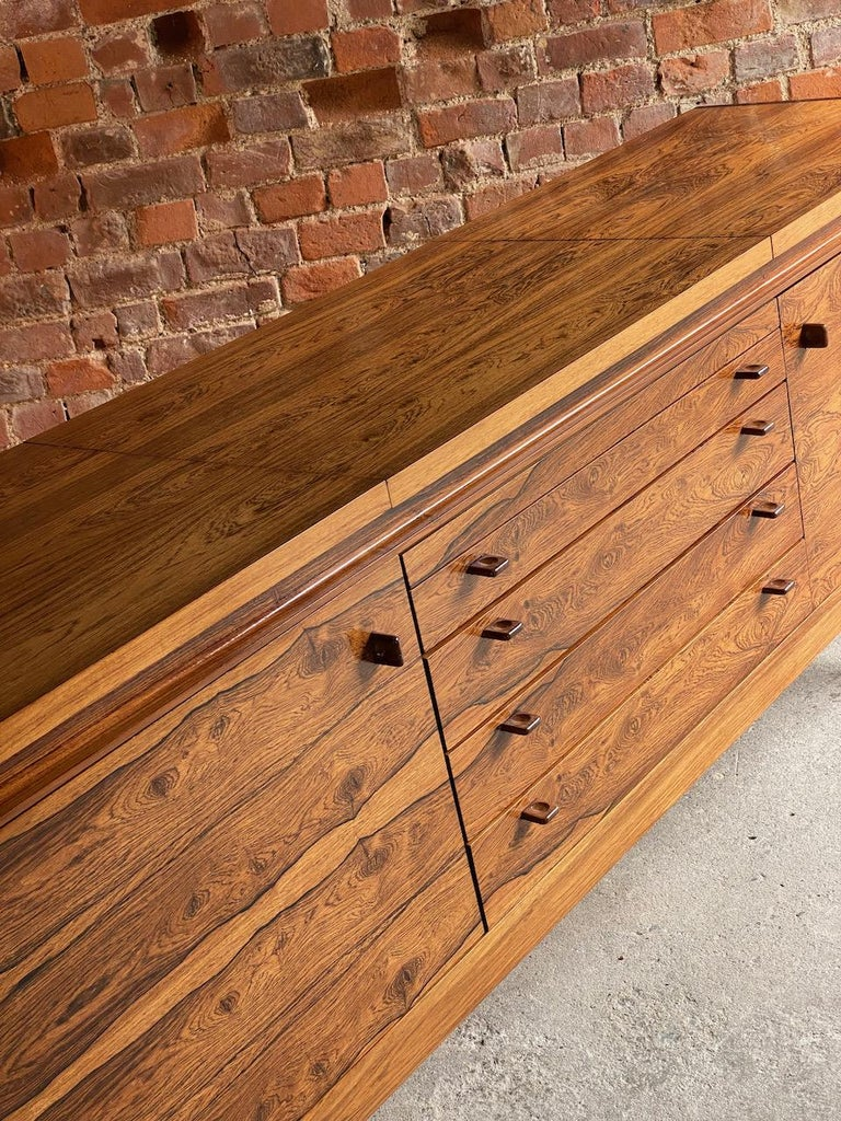 Robert Heritage Granville Rosewood Sideboard by Archie Shine, Circa 1969 4